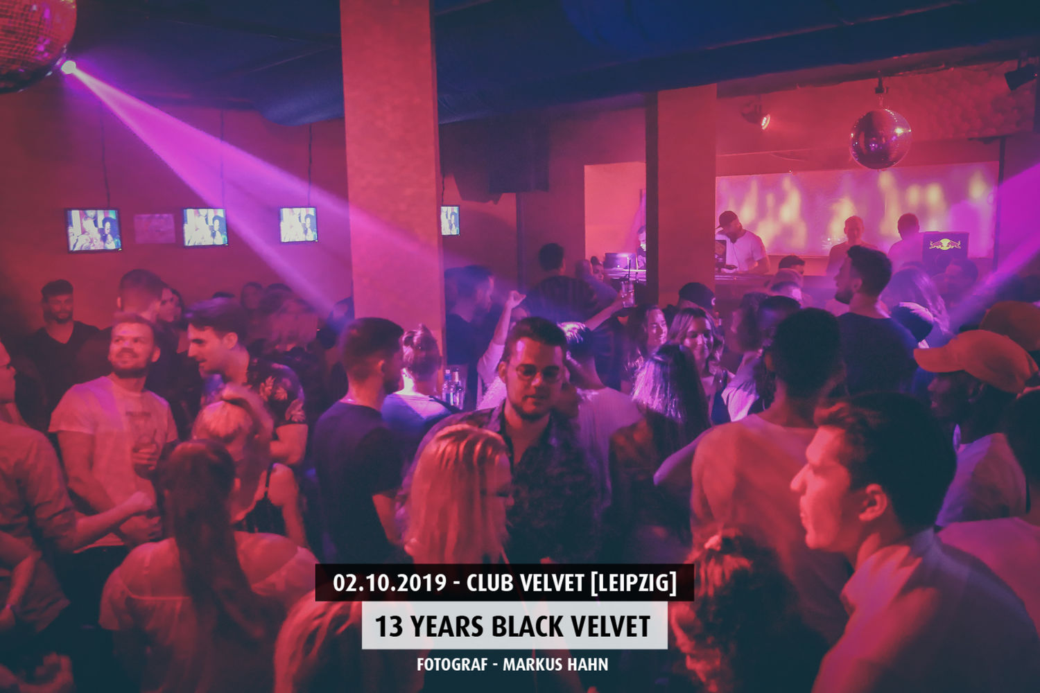 13-years-black-velvet-club-velvet (6)