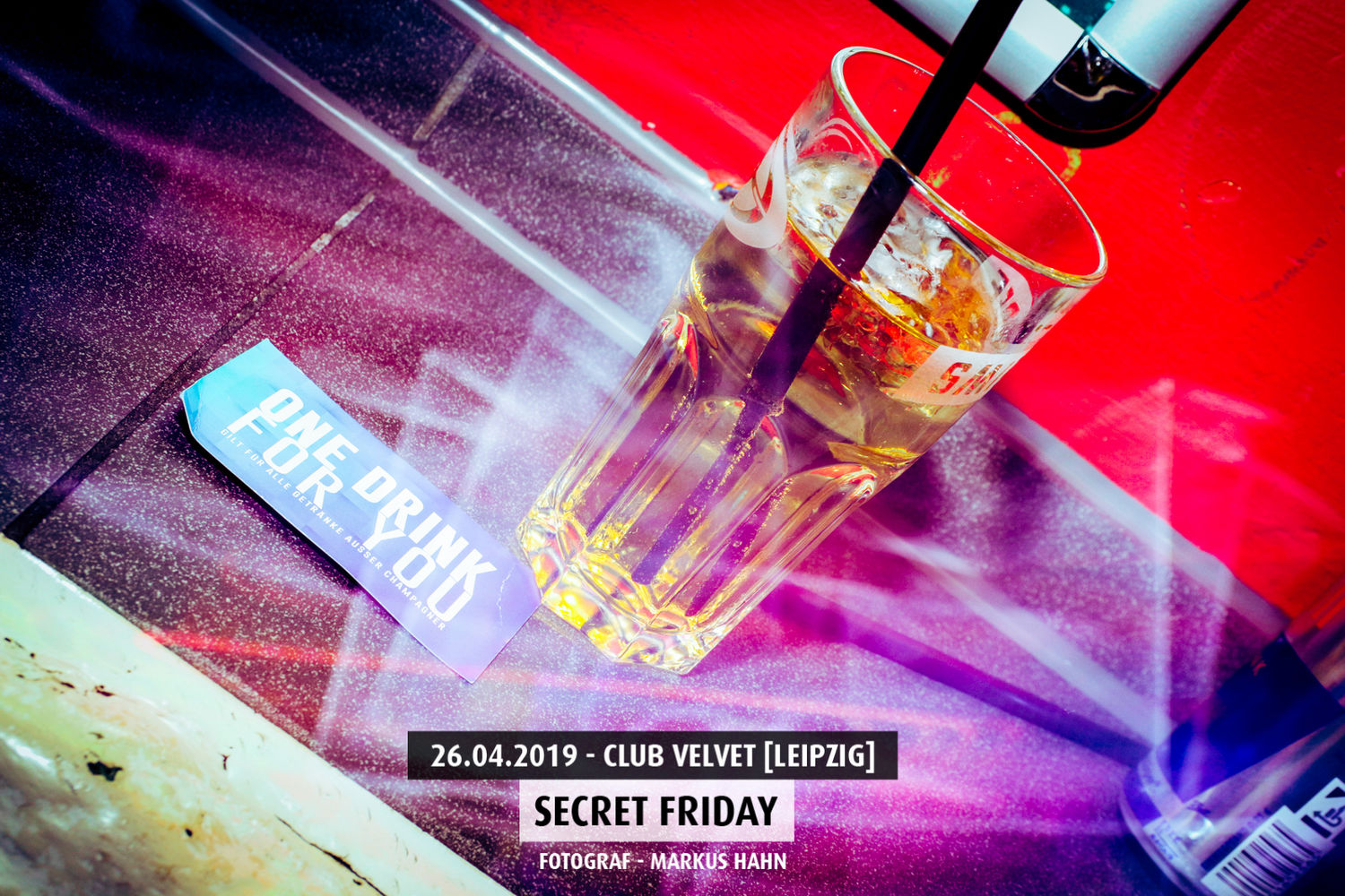 secret-firday-club-velvet